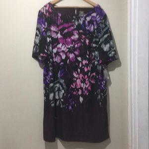 Taylor purple floral shorts sleeve dress 22W